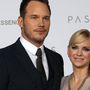 Anna Faris offers relationship advice in first podcast since marriage split