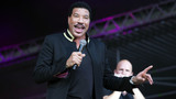 Lionel Richie under consideration for 'American Idol' judge role
