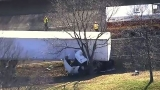 Tractor trailer hits tree at CIA exit on GW Parkway; northbound traffic shut down
