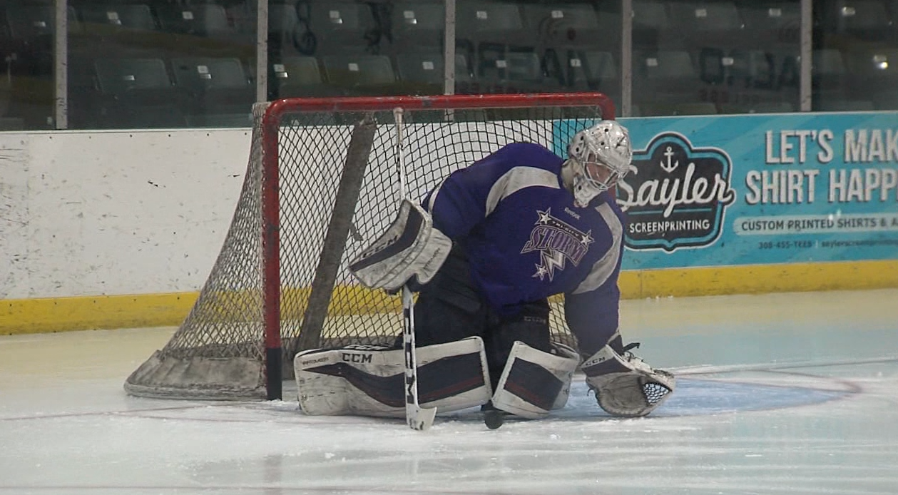 Hopkins practices shots and saves in the Viaero Center with coaches.<p></p>