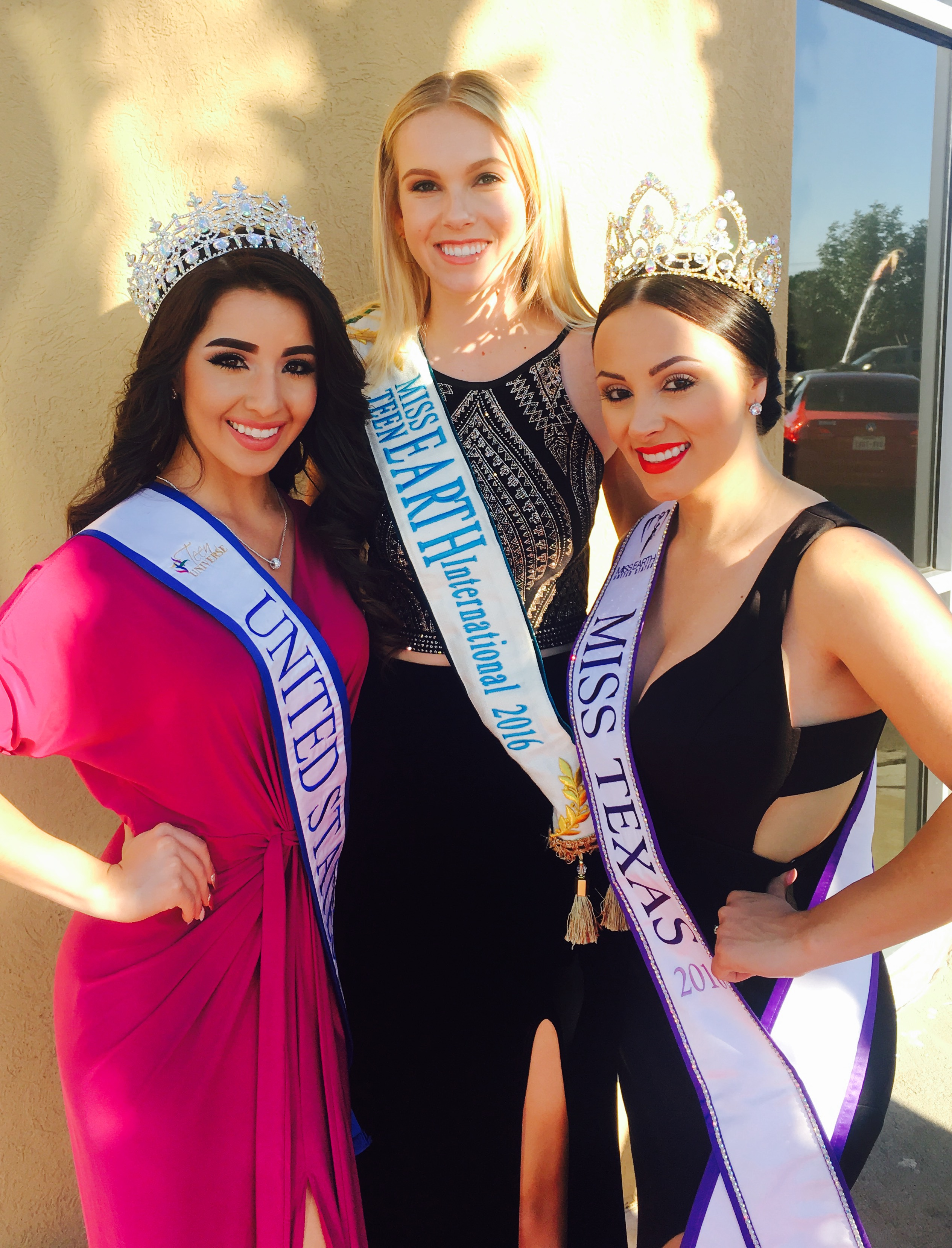 International titleholders including Teen America United States, Miss Teen Earth International 2016 and Miss Texas 2016.